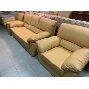 Комплект кожаный Диван + 2 кресла В070